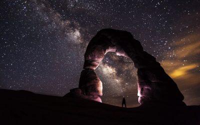 tête dans les étoiles et les pieds sur terre